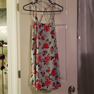 Swing dress with straps and waist tie